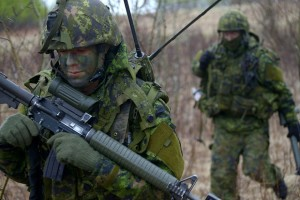 Canadian soldiers conduct dismounted patrols in the training area of 3rd Canadian Division Support Group, Wainwright,AB during the main thrust of the advance party for Exercise MAPLE RESOLVE 15, 6 May 15. Photo by: Sgt Dan Shouinard