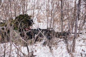 army-troops-soldier-sniper-patrol-snow