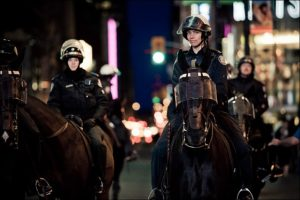 toronto-mounted-police-women-big
