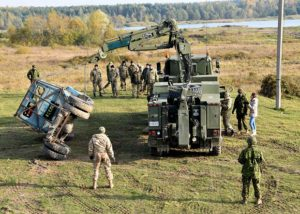 Starychi, Ukraine. October 20, 2016. Ukrainian Armed Forces students and Canadian instructors of Joint Task Force – Ukraine practice vehicle recovery at the International Peacekeeping and Security Centre in Starychi, Ukraine. (Photo: Joint Task Force –