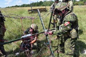 Starychi, Ukraine. August 20, 2016 – Canadian and Ukrainian Combat Engineers prepare explosive charges during obstacle demolition training at the International Peacekeeping and Security Centre. (Photo: Joint Task Force Ukraine)