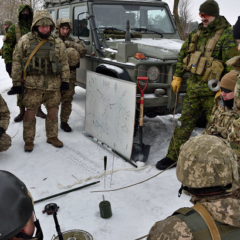 200 Canadian troops head for Ukraine