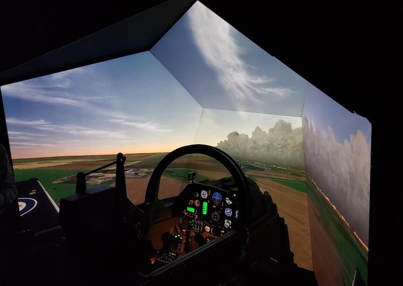 ee859f0309 World-Class Pilot Training' Right In Canada's Backyard - Vanguard ...